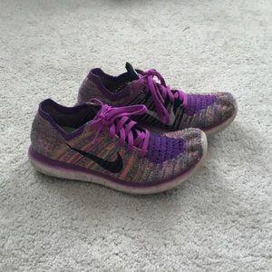 Nike Womens flyknit running sneakers size 7